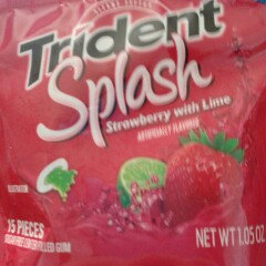Trident Splash Strawberry with Lime uploaded by amandaisbeauty