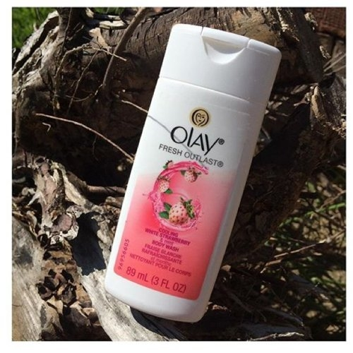 Olay Fresh Outlast Body Wash, Cooling White Strawberry & Mint, 13.5 fl oz uploaded by Marie T.