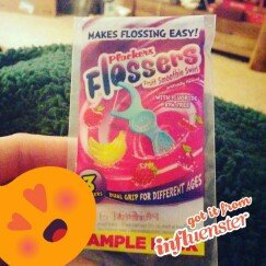 Plackers Dual Grip Fruit Smoothie Swirl Kid's Flossers uploaded by Cashea S.