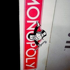 Photo of Monopoly Spanish Edition Ages 8+ uploaded by Mariangel O.