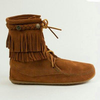 Minnetonka Moccasin Women's Fringed Boot Hardsole uploaded by Vatreece D.
