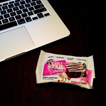 Photo of Lenny & Larry's Cookies & Cream Muscle Brownies uploaded by Karla K.