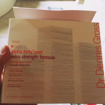 Dr. Dennis Gross Skincare Extra Strength Alpha Beta Daily Face Peel, 60 Applications uploaded by Reshma K.