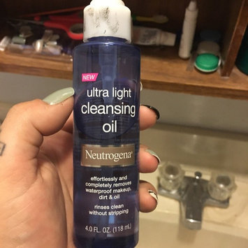 Neutrogena Ultra Light Cleansing Oil uploaded by Kylie S.