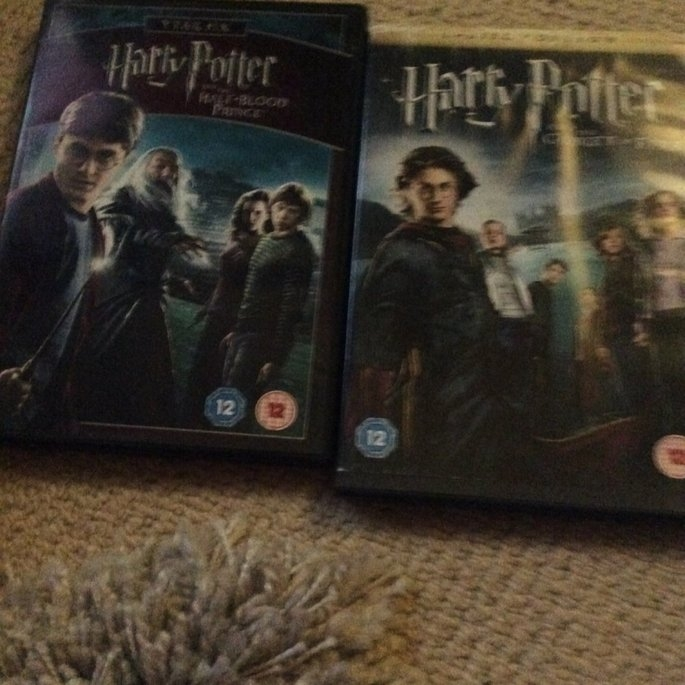 Warner Brothers Harry Potter: The Complete 8-Film Collection Dvd from Warner Bros. uploaded by Georgia J.