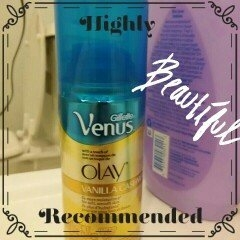 Gillette Venus® with a touch of Olay® Vanilla Cashmere™ Shave Gel uploaded by Amber B.