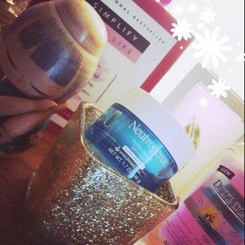 Neutrogena Hydro Boost Gel-Cream Extra-Dry Skin uploaded by Lauren B.