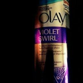 Gillette Venus Ultramoisture Violet Swirl Shave Gel with Olay uploaded by yanilet p.