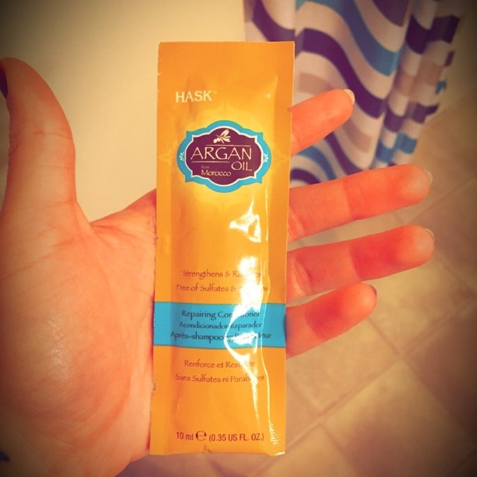 Hask Argan Oil Intense Deep Conditioning Hair Treatment uploaded by Elizabeth  H.