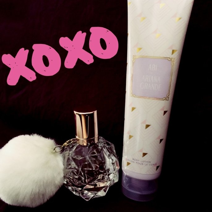 Ari by Ariana Grande Gift Set - A Macy's Exclusive uploaded by Glo M.