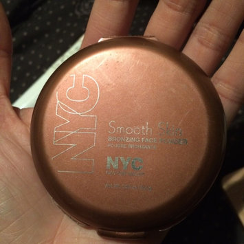 NYC Smooth Skin Bronzing Face Powder uploaded by Lyane C.