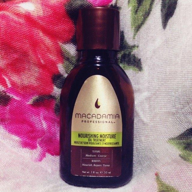 Macadamia Professional Nourishing Moisture Oil Treatment uploaded by Kaylea A.