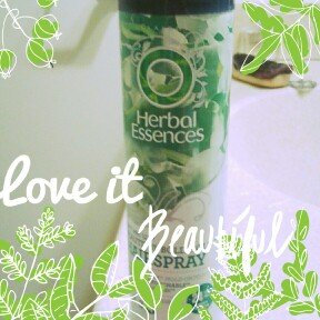 Photo of Herbal Essences Set Me Up Hairspray uploaded by Laura W.