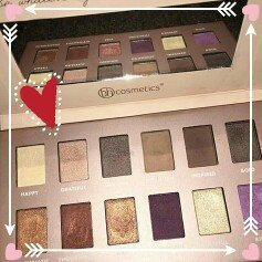 Photo of BH Cosmetics Be... by BubzBeauty Eyeshadow Palette uploaded by Arianna A.