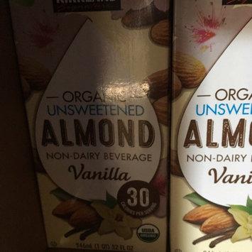 Photo of Silk® Organic Vanilla Unsweetened Almond Milk 0.5 gal. Carton uploaded by Moonyalondon H.