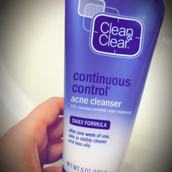Photo of Clean & Clear® Continuous Control® Acne Cleanser uploaded by Yana H.