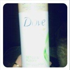 Dove Detox & Purify Dry Shampoo uploaded by Courtenay G.