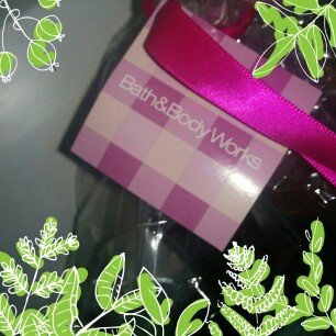 Photo of THE BODY SHOP® Vitamin E Nourishing Night Cream uploaded by Riddhi P.