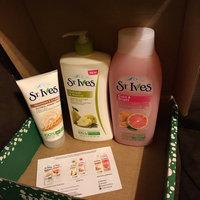 St. Ives Body Wash, Even & Bright Pink Lemon & Mandarin Orange, 24 fl oz uploaded by Alexine G.