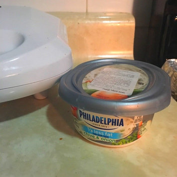 Philadelphia Cream Cheese 1/3 Less Fat Chive & Onion uploaded by Roseddy Piña D.