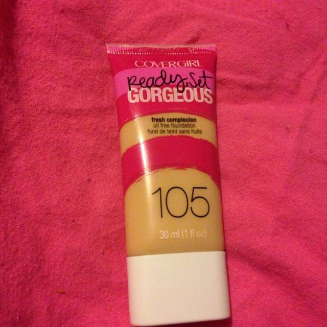 COVERGIRL Ready Set Gorgeous Liquid Foundation uploaded by Mary-Louise J.