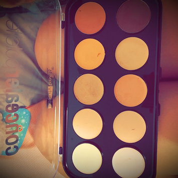 Photo of Beauty Treats Concealer Palette uploaded by Pa Nhia L.