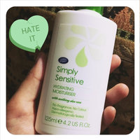 Boots Simply Sensitive Hydrating Moisturiser - 4.2 oz uploaded by Candy B.
