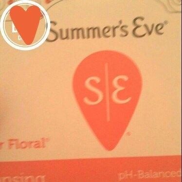Summer's Eve Cleansing Cloths for Sensitive Skin uploaded by Amanda  F.