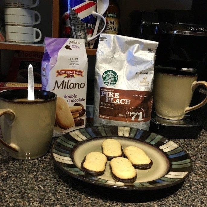 Starbucks Coffee Pike Place Medium Roast Coffee Beans uploaded by Amanda W.