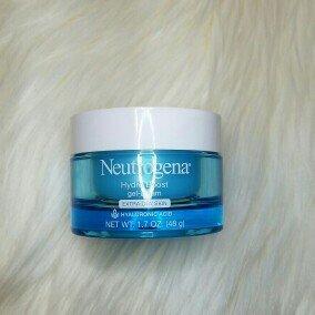 Neutrogena Hydro Boost Gel-Cream Extra-Dry Skin uploaded by Lluvia O.