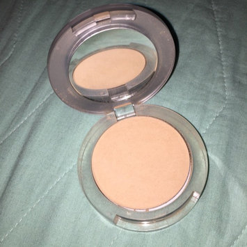 Pur Minerals 4-In-1 Pressed Mineral Makeup uploaded by Paola R.