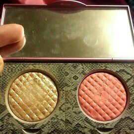 Photo of Mally Beauty Effortless Airbrush Highlighter & Blush Duo uploaded by Faith V.