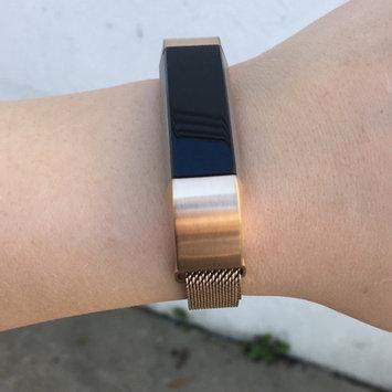Fitbit 'Alta' Wireless Fitness Tracker, Size Small - Black uploaded by Noelle O.