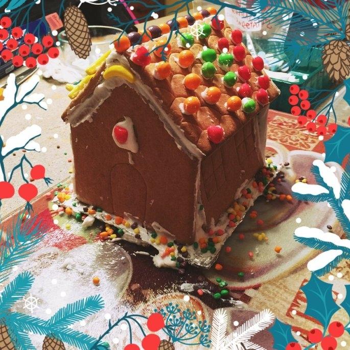 Bee Wonka Gingerbread Cottage Kit uploaded by Kara W.