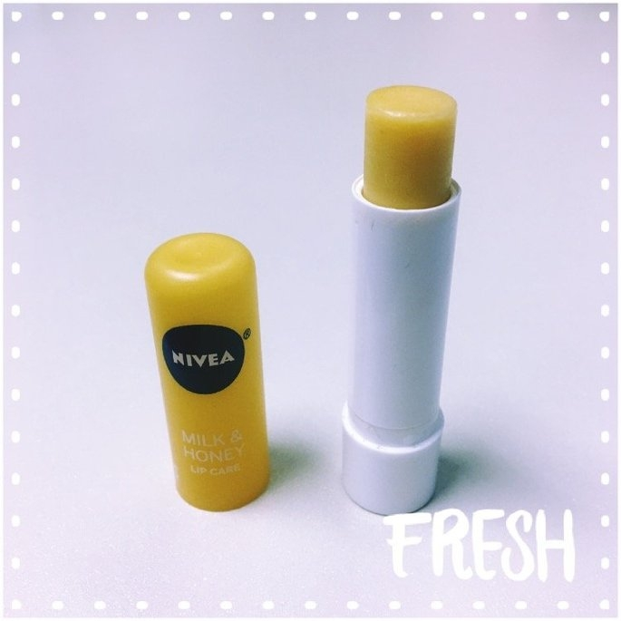 NIVEA Milk & Honey Soothing Lip Care uploaded by Azra K.