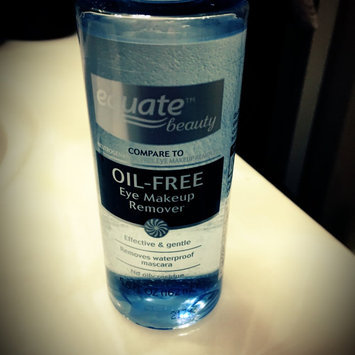 Equate Oil-Free Eye Makeup Remover, 5.5 fl oz uploaded by Shanielle H.