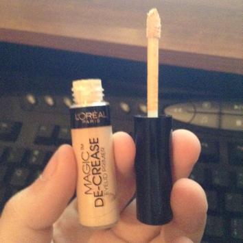 L'Oréal Magic De-Crease Eyelid Primer uploaded by Carly N.