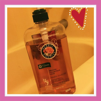 Herbal Essences Smooth Collection Shampoo uploaded by Lisa F.