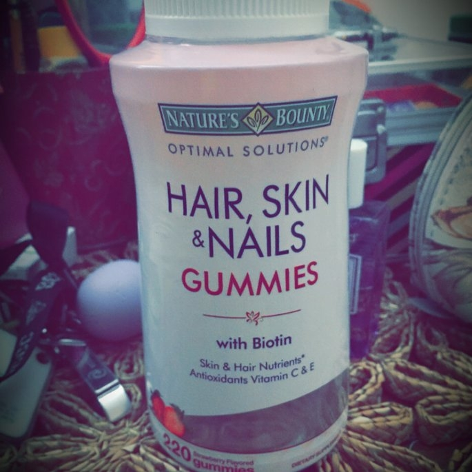 Nature's Bounty Optimal Solutions Hair, Skin and Nails Gummies - 220 Count uploaded by Rosangela D.