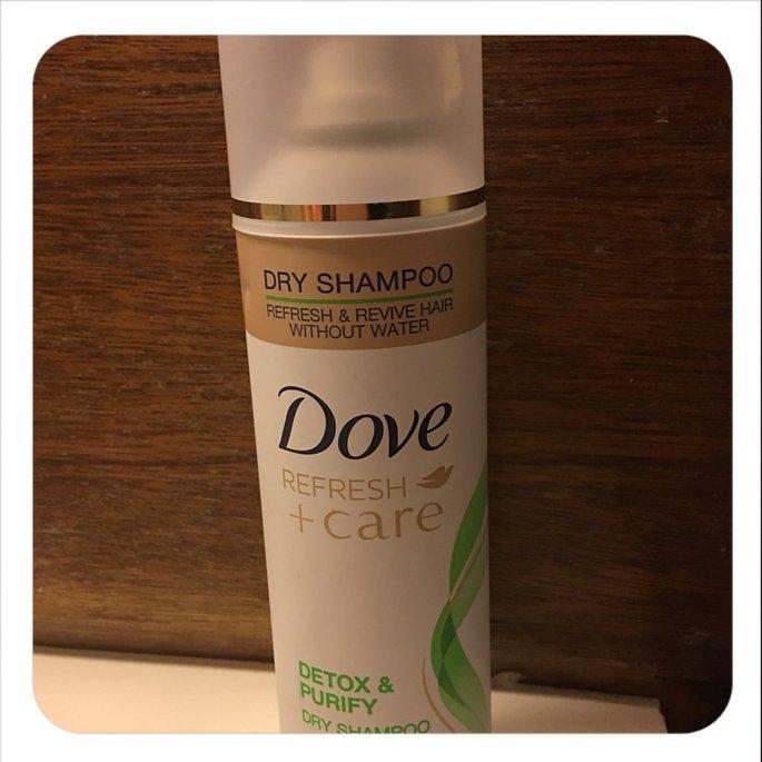 Dove Detox & Purify Dry Shampoo uploaded by tricia J.