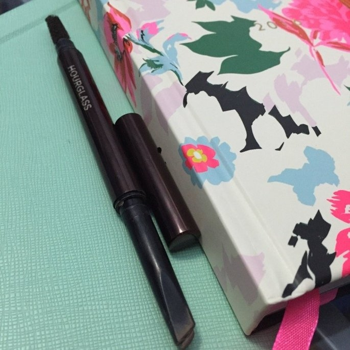 Hourglass Arch Brow Sculpting Pencil uploaded by Heather L.