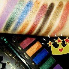 Photo of Kat Von D Serpentina Eyeshadow Palette uploaded by Jonelle S.