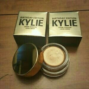 Kylie Cosmetics Birthday Edition Copper Creme Shadow uploaded by Anny C.