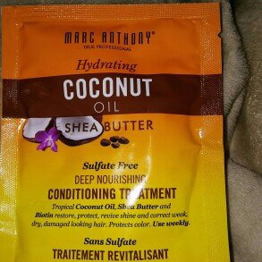 Photo of Marc Anthony True Professional Hydrating Coconut Oil & Shea Butter Deep Nourishing Conditioning Treatment, 1.69 fl oz uploaded by Holly N.