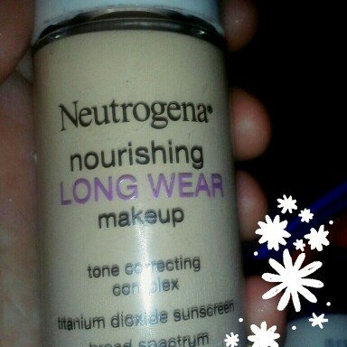 Neutrogena Nourishing Long Wear Foundation uploaded by Kinsley R.