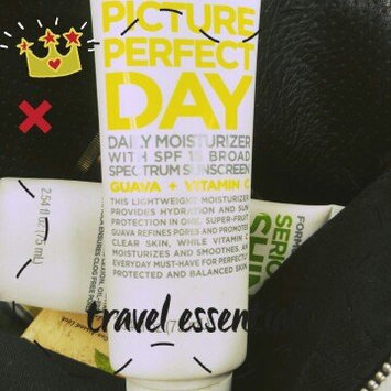 Photo of Formula 10.0.6 Picture Perfect Day Moisturizer uploaded by Tyler N.