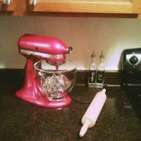 KitchenAid Classic 4.5 Qt Stand Mixer- White K45SS uploaded by Alfreda J.