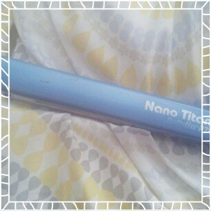 BaByliss PRO Nano Titanium Straightening Iron uploaded by Diana A.