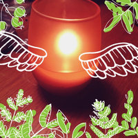 Glade® Hawaiian Breeze® Candle 9.2 oz. Jar uploaded by Allison C.