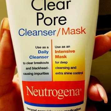 Photo of Neutrogena® Clear Pore Cleanser/Mask uploaded by Andi B.